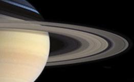 В кольцах Сатурна обнаружены небольшие луны. Открытие ученых