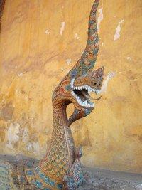Нага-охранник храма Уот Сизакета в Канале Viang, Лаос