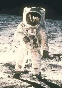Фотография NASA AS11-40-5903. «Man on the Moon»