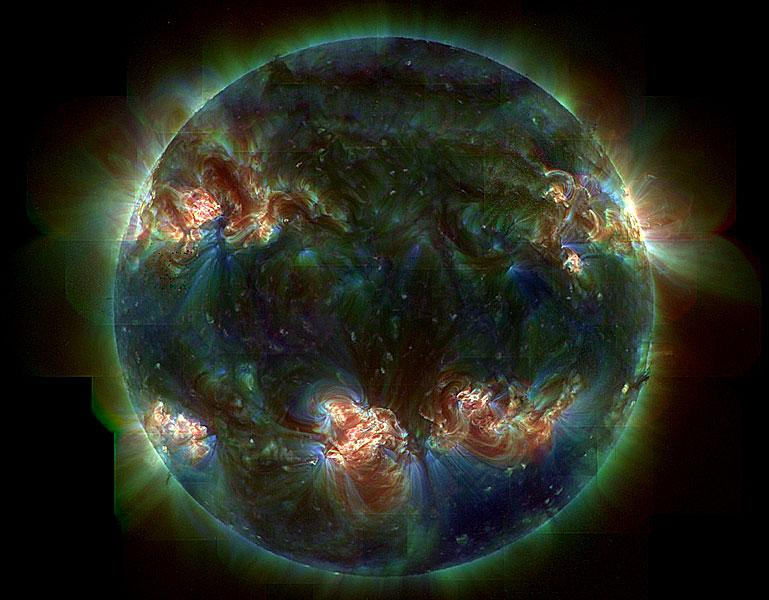 Темное палящее Солнце