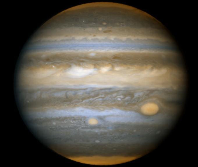 Юпитер и Красные пятна