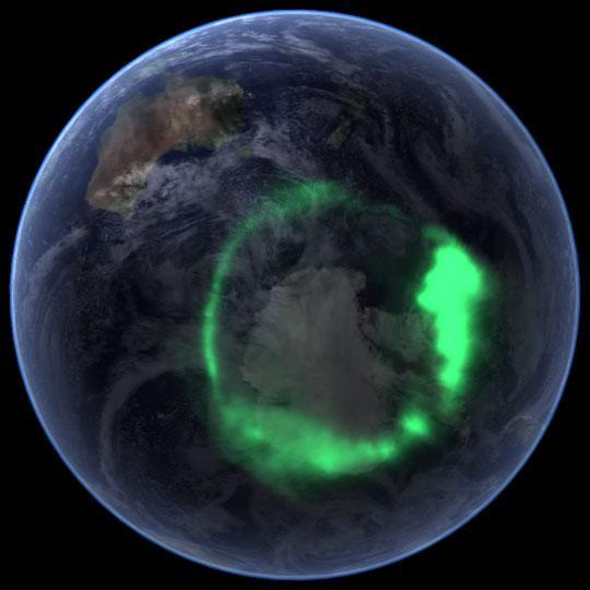 Северное сияние над Австралией. Снимок из космоса